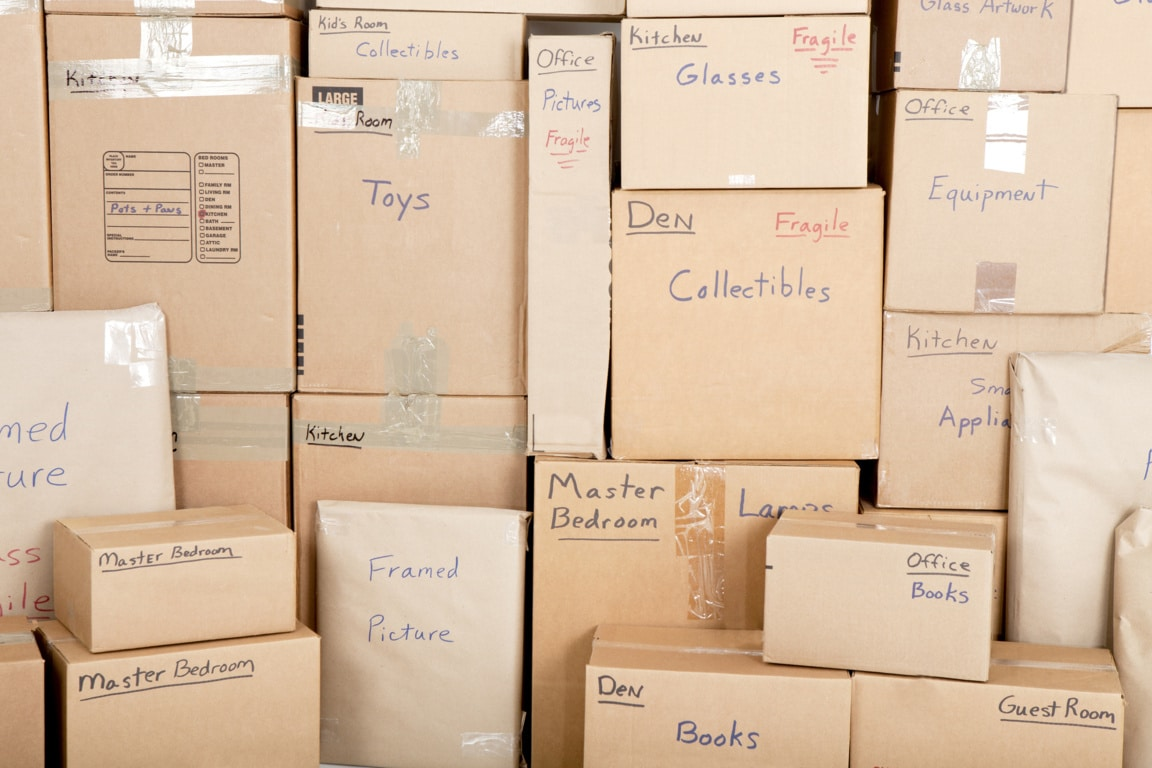 How to Pack Fragile Items for a Move: The Best Tips