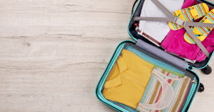 How to Pack Your Clothes for Moving: 9 Simple Tips 2